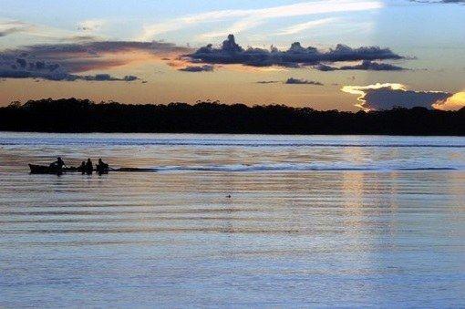Де знаходяться найбільші повноводні ріки світу