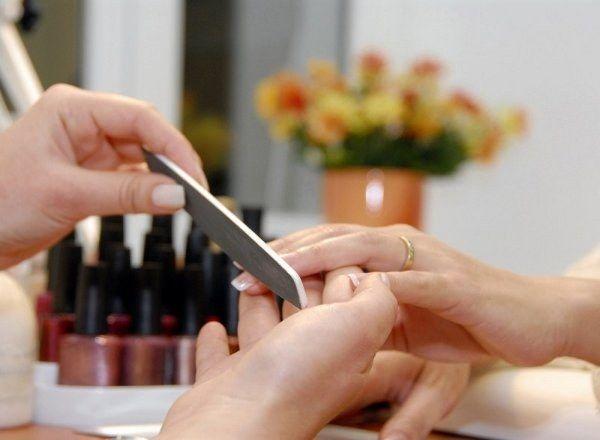 Як вибрати форму для коротких нігтів