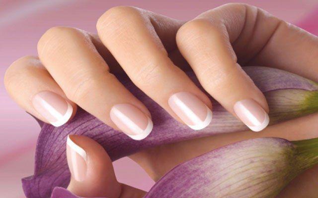 Спосіб догляду за нігтями кожна жінка вибирає сама